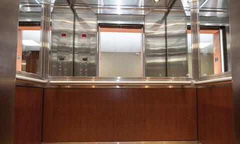 Το μάθαμε και αυτό: Γιατί υπάρχουν καθρέφτες στα ασανσέρ;