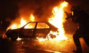 Αναστάτωση στο Ηράκλειο: Αυτοκίνητο πήρε φωτιά εν κινήσει - Επέβαιναν παιδιά
