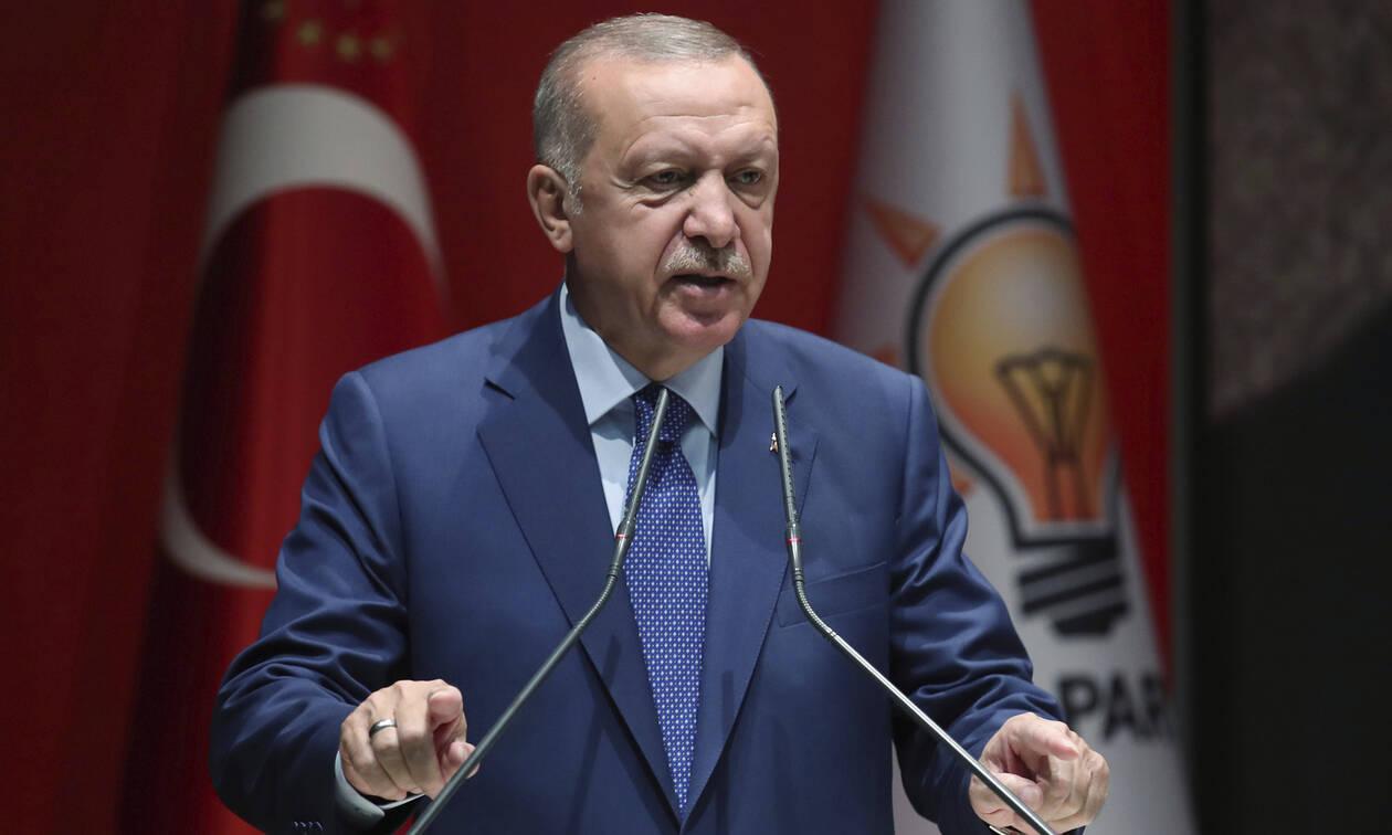 Νέες απειλές Ερντογάν: «Στέλνουμε 5,5 εκατ. πρόσφυγες στην Ευρώπη, εάν δεν μας δώσετε λεφτά»