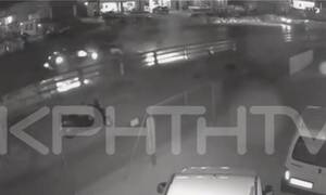 Βίντεο ΣΟΚ: Καρέ - καρέ το θανατηφόρο τροχαίο στο Ηράκλειο - Σκληρές εικόνες (vid)