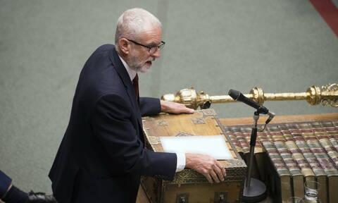 Brexit: Εγκρίθηκε η πρόταση Κόρμπιν που ζητεί από την κυβέρνηση να τηρήσει τον νόμο