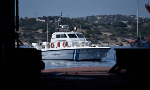 Ρυμουλκείται το φορτηγό πλοίο «Μιχάλης» στη Σύρο