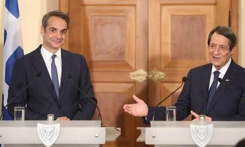 Мицотакис и Анастасиадис обсудят незаконный визит Чавушоглу в Фамагусту