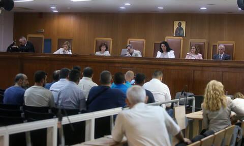 Χρυσή Αυγή: Απαλλαγή των κατηγορουμένων για την επίθεση στο «Συνεργείο» πρότεινε η εισαγγελέας