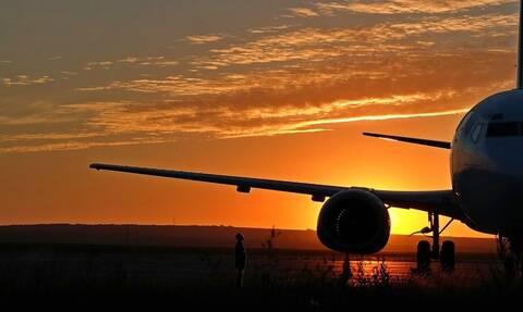 «Βόμβα»! Ξαφνική πτώχευση για γνωστή αεροπορική εταιρεία - Εγκλωβισμένοι ταξιδιώτες (pics)
