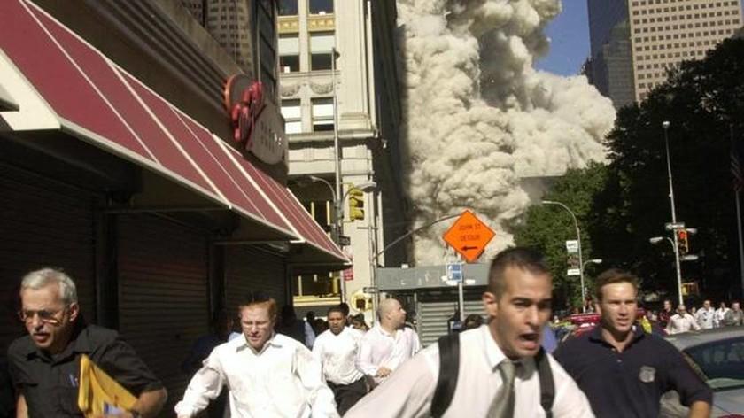 11η Σεπτεμβρίου 2001: Η ημέρα που άλλαξε τον κόσμο για πάντα (Pics & Vids)