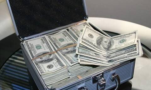 Απίστευτο: Εκατομμυριούχος πληρώνει αδρά όποιον αποπλανήσει την αρραβωνιαστικιά του – Δείτε το λόγο