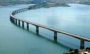Θρίλερ στην Κοζάνη: Εντοπίστηκε νεκρός άνδρας στην λίμνη Πολυφύτου