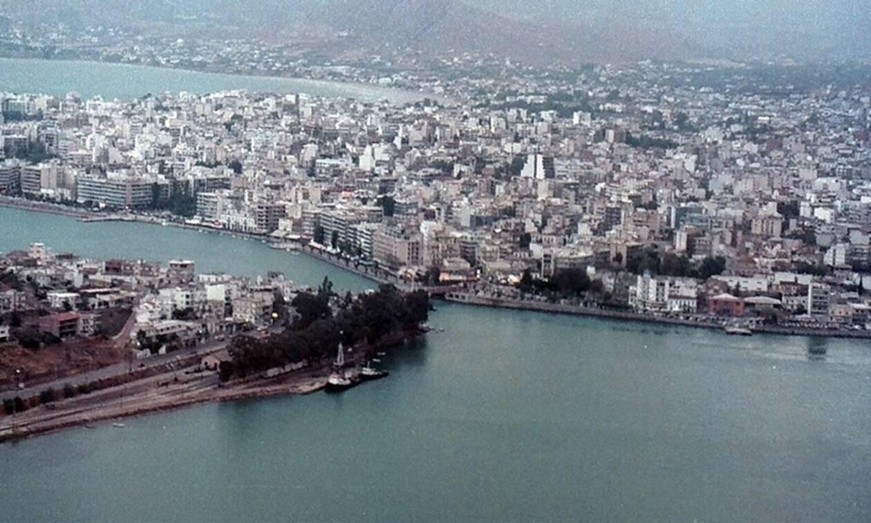 Δες τι ξεπετάχτηκε στην θάλασσα της Χαλκίδας (pics)