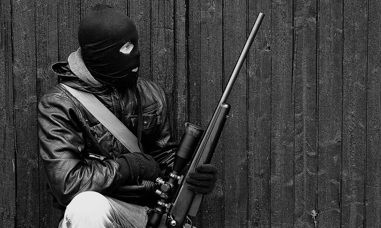 Λέρος - κλοπή οπλισμού: «Άρωμα» τρομοκρατίας βλέπουν οι αστυνομικές και στρατιωτικές αρχές