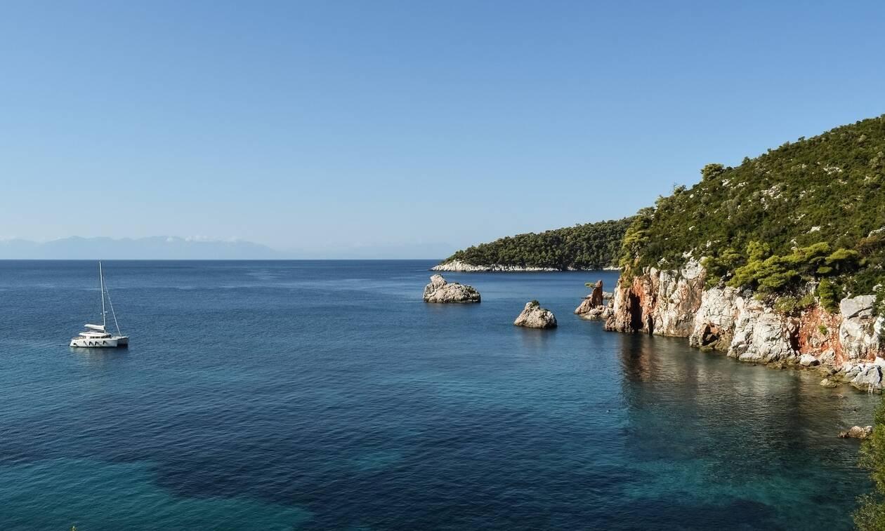 Καιρός: Για ποιο λόγο «κρύωσε» αυτό το καλοκαίρι η θάλασσα στο Αιγαίο (photos)