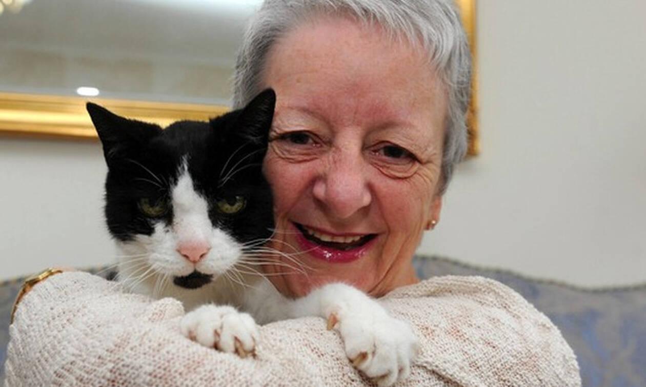 Το ήξερες; Το μόνο ζώο στον κόσμο που δένεται με τη γιαγιά του!