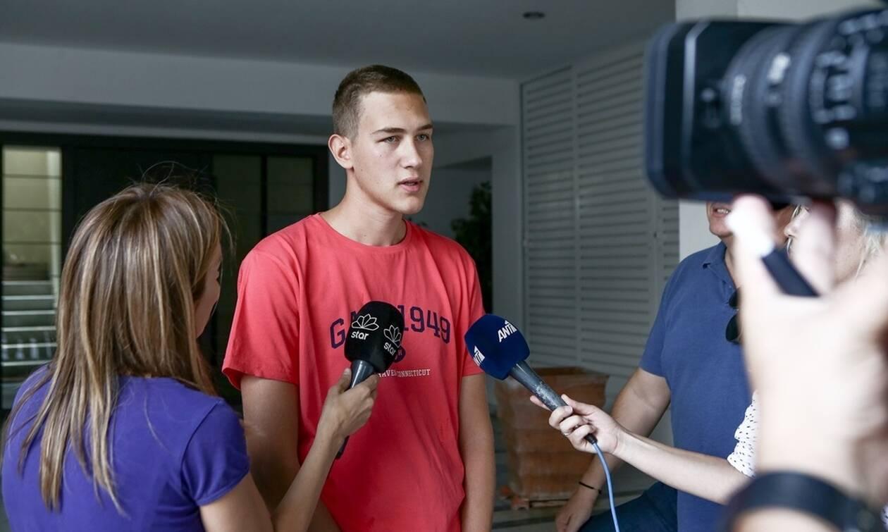 Νέα Ιωνία: Συγκλονίζει η μαρτυρία φοιτητή που βρήκε το βρέφος - «Σε έπιανε η καρδιά σου με το κλάμα»