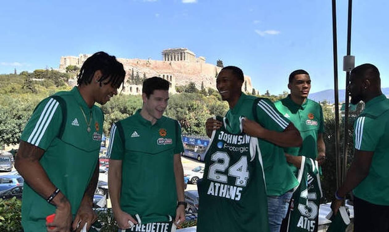 Τα κλικ από την παρουσίαση των παικτών του Παναθηναϊκού στην Ακρόπολη (photos)