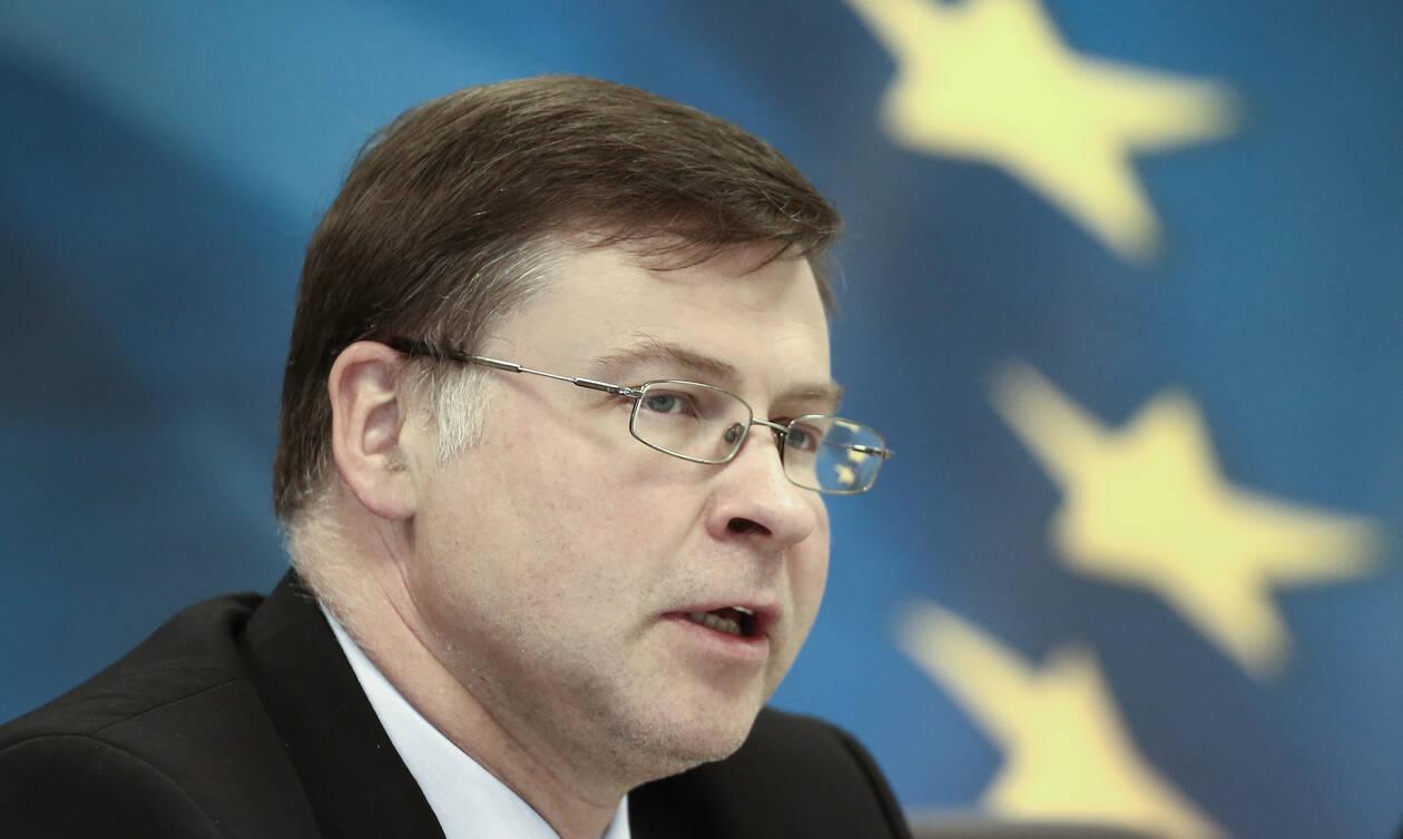 Eurogroup - Ντομπρόβσκις: Η Ε.Ε. συζητά τρόπους να διευκολύνει τις επενδύσεις