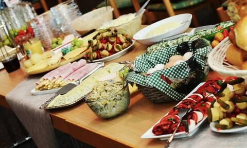 Αυτά είναι τα πιο περίεργα φεστιβάλ φαγητού στον κόσμο (vid)