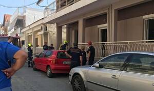 Συναγερμός στη Λάρισα: Στο «πόδι» γειτονιά από έκρηξη σε σπίτι (pics)