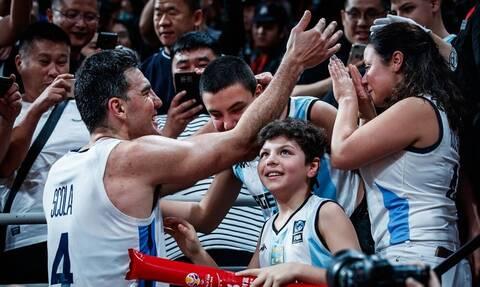 Η φωτογραφία της χρονιάς στο Παγκόσμιο Μπάσκετ!