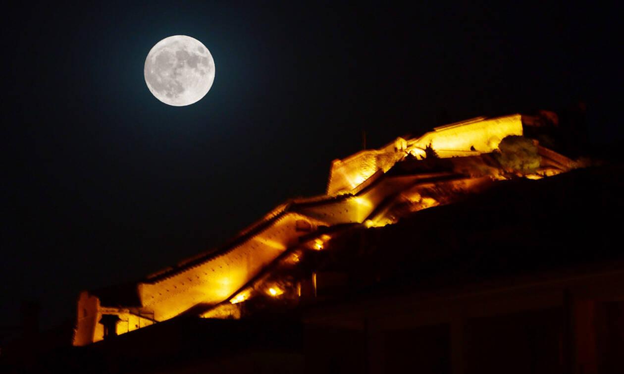 Η πανσέληνος του Σεπτεμβρίου μαγνήτισε τα βλέμματα – Δείτε εντυπωσιακές εικόνες