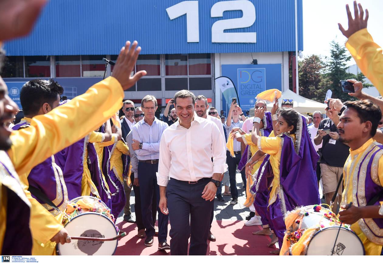 tsipras-periptero-indias.jpg