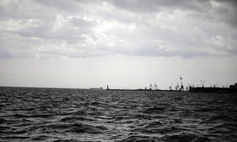 Θεσσαλονίκη: Προσάραξη φορτηγού πλοίου στον Θερμαϊκό Κόλπο