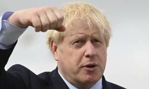 Brexit: Με ποιον ήρωα κόμιξ παρομοίασε τον εαυτό του ο Τζόνσον και γιατί