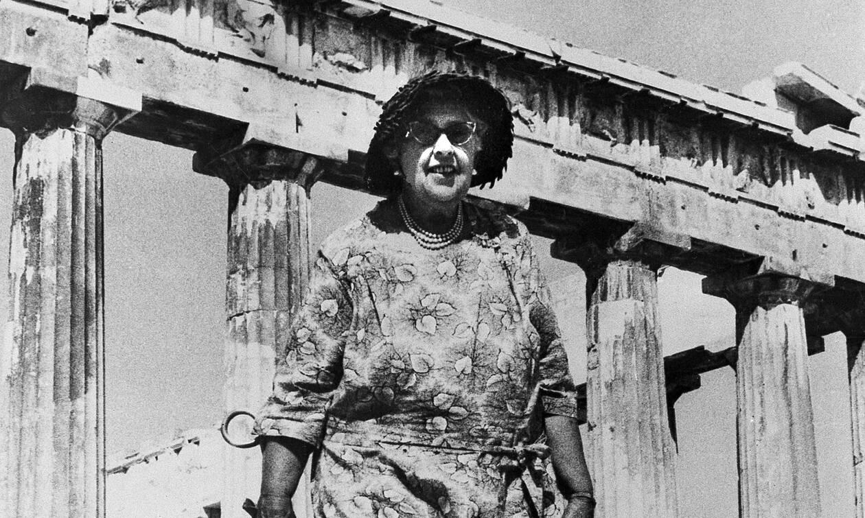 Η γυναίκα που «δίδαξε» στον κόσμο το μυθιστόρημα μυστηρίου