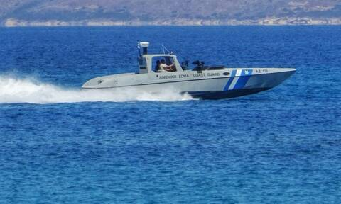 Vessel with migrants and refugees located off Cephalonia
