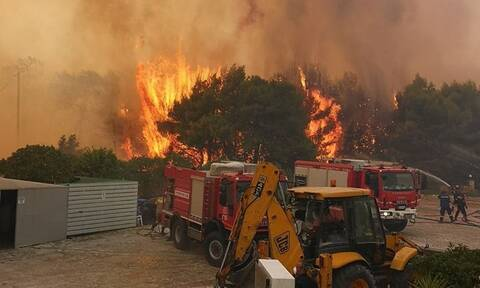 Φωτιά ΤΩΡΑ: Πύρινος εφιάλτης στη Ζάκυνθο - Εκκενώθηκαν χωριά (pics+vids)