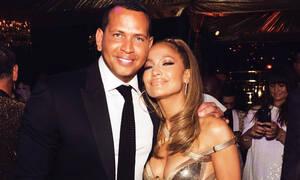 Jennifer Lopez: Πόσο προετοιμασμένη είσαι να δεις την τούρτα που της πήρε ο A-Rod; Μάλλον όχι πολύ!