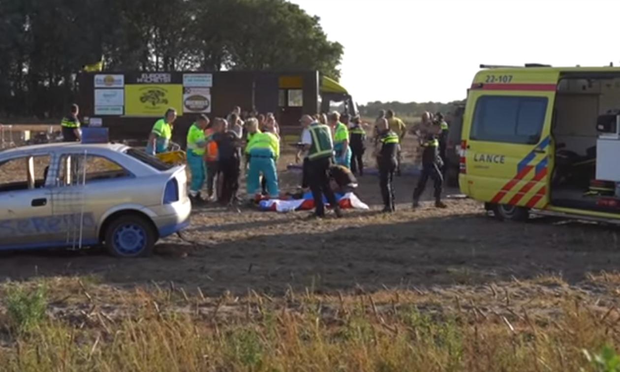 Οδηγός αγωνιστικού τσακώθηκε με την συνοδηγό του και έπεσε πάνω σε πλήθος (pics+vid)