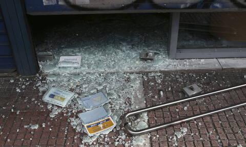 Μπαράζ επιθέσεων σε τράπεζες και σε γραφεία της Νέας Δημοκρατίας - 25 Προσαγωγές