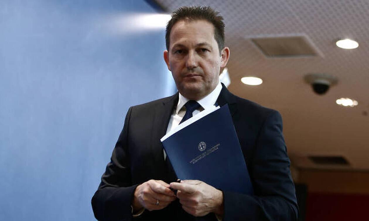 Πέτσας: Ο Τσίπρας έκανε προεκλογική καμπάνια με λεφτά των Ελλήνων, ο Μητσοτάκης τους τα επιστρέφει