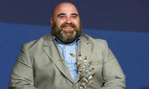 Έλληνας παραολυμπιονίκης πουλάει τα μετάλλια του για να κάνει επέμβαση