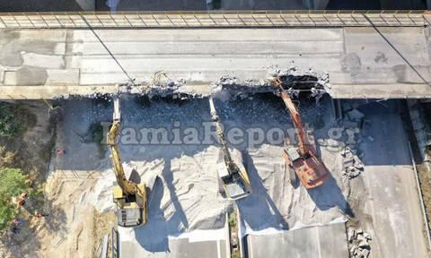 Φθιώτιδα: Ξεκίνησε η κατεδάφιση της γέφυρας στην Αταλάντη - Σε ισχύ κυκλοφοριακές ρυθμίσεις