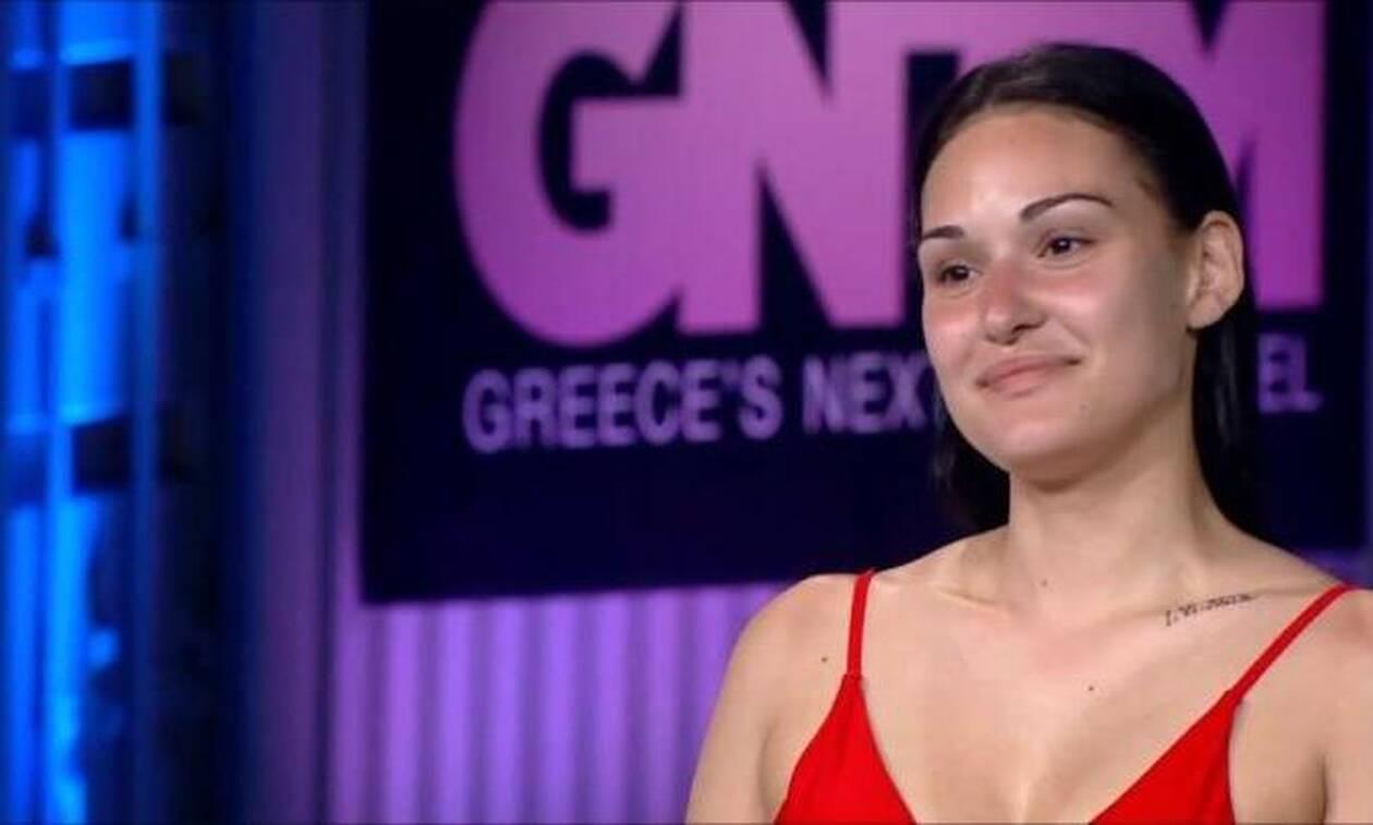 GNTM: Η Νικολέτα που τρέλανε τους κριτές και ο... θαυμασμός για τα οπίσθιά της (vid)