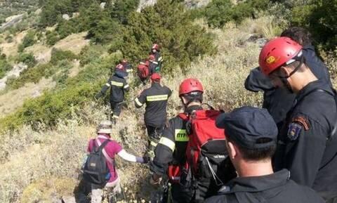 Εύβοια: Επιχείρηση της ΕΜΑΚ για διάσωση τουρίστριας σε ορεινό μονοπάτι