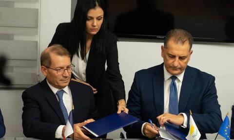 Κύπρος: Υπογράφηκαν τα συμβόλαια αδειοδότησης κοινοπραξίας για Total και Eni στο Τεμάχιο 7