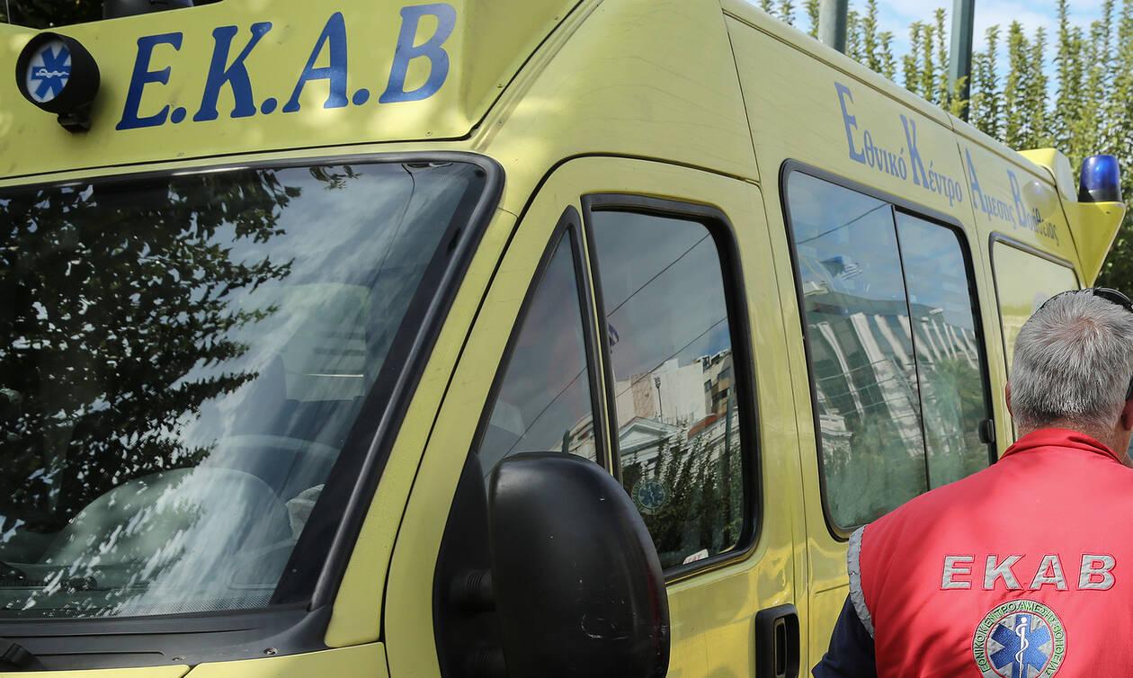 ΣΟΚ στην Καλαμάτα: Κάρφωσε κουζινομάχαιρο στον λαιμό του κουμπάρου της (ΣΚΛΗΡΕΣ ΕΙΚΟΝΕΣ)