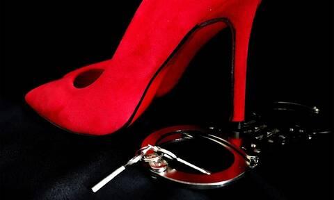 Γνωστή πορνοστάρ βρέθηκε νεκρή στο σπίτι της (pics)