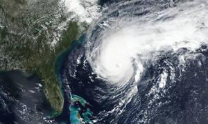 Συναγερμός στις Βερμούδες - Πλησιάζει ο κυκλώνας Ουμπέρτο