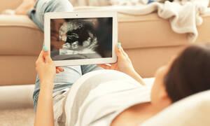 Η ζωή του εμβρύου μέσα στη μήτρα: Δείτε πώς αναπτύσσεται σε 9 μήνες (vid)