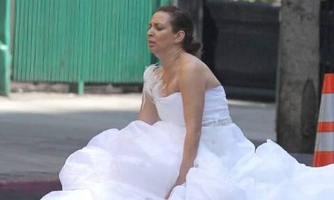 Η νύφη τρελάθηκε πριν το γάμο και έγινε viral! (pics+vid)