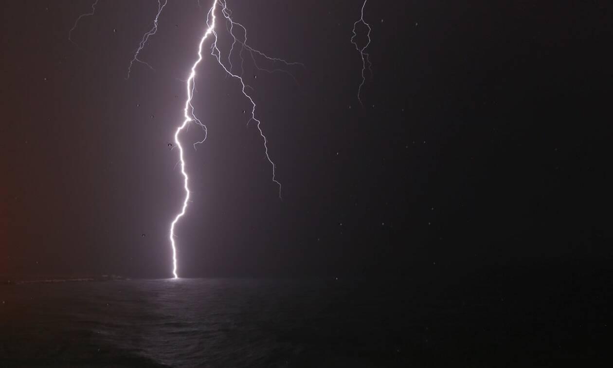 Η κακοκαιρία «χτυπά» την Ελλάδα με χαλάζι και καταιγίδες - Πότε θα κυκλώσει την Αττική