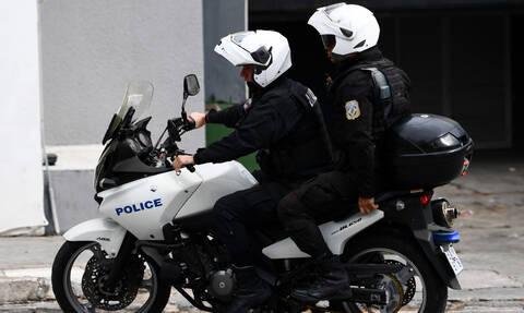 Φρικτό τροχαίο: Ι.Χ καρφώθηκε σε σπίτι - Συγκλονιστικές εικόνες