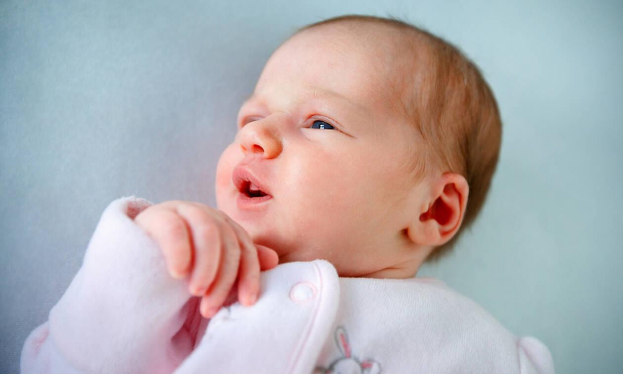 Αυτός είναι ο λόγος που τα μωρά κοιμούνται με ανοιχτά τα μάτια (pics)