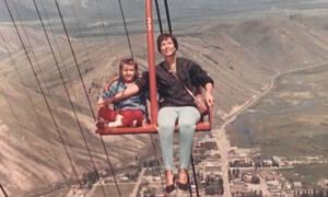 Φωτογραφίες που δείχνουν ότι οι γονείς είχαν άγνοια κινδύνου (pics)