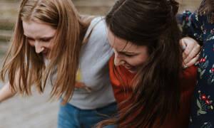 5 οφέλη που μπορούν να έχουν οι φίλοι στην υγεία και στη ζωή σου