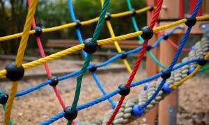 Ώρες αγωνίας στις ΗΠΑ: Απήγαγαν 5χρονη από παιδική χαρά (pics)