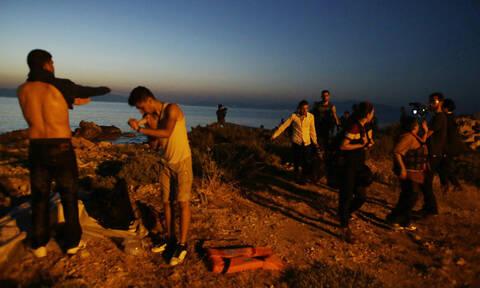 «Βουλιάζει» η Μόρια: 2.323 νέες αφίξεις σε Χίο, Σάμο και Μυτιλήνη - Έκτακτη σύσκεψη στο Μαξίμου